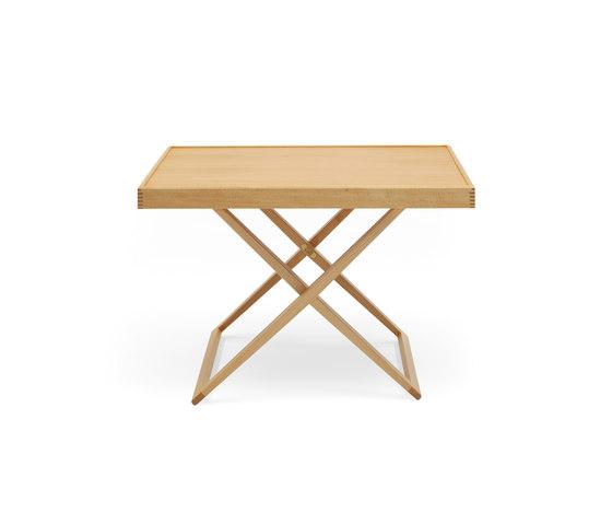 MK98860 Folding table di Carl Hansen & Søn | Tavolini alti