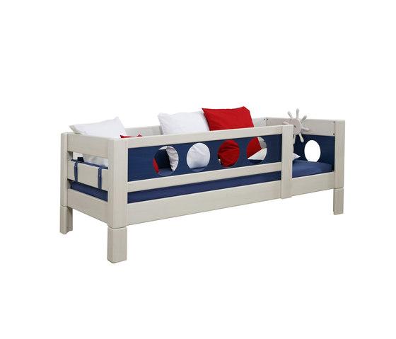 Pirate Low Game Bed DBA-202.7 de De Breuyn | Camas de niños / Literas