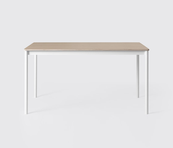 Base Table | small by Muuto | Dining tables