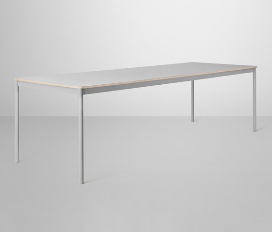 Base Table | large de Muuto | Mesas de cantinas