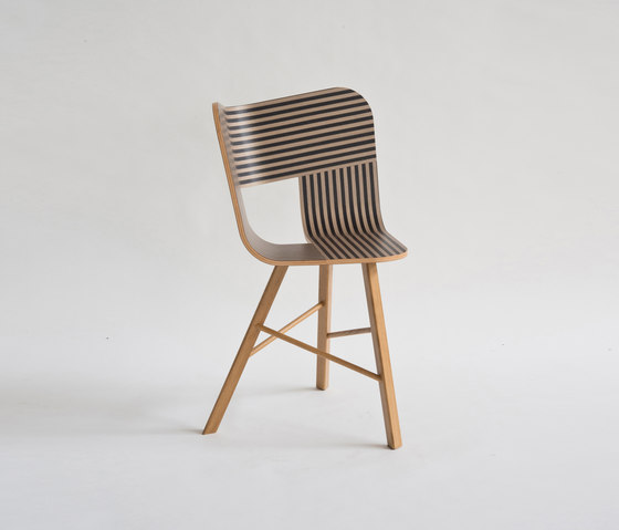 Tria Wood Chair 3 by Colé | Restaurant chairs