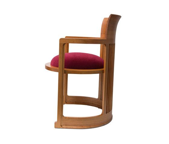 606 Barrel Taliesin von Cassina | Stühle