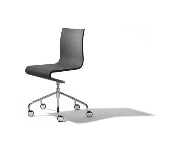Seesaw working chair di Richard Lampert   Sedie ufficio