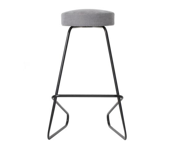 CC3 Cantilever stool de TECTA   Taburetes de bar