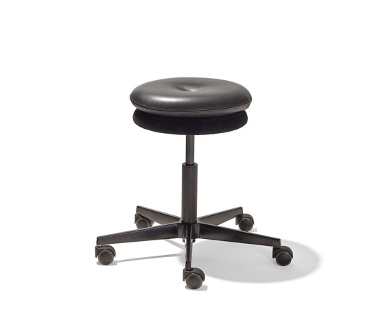 Mr. Round swivel stool di Richard Lampert | Sgabelli girevoli