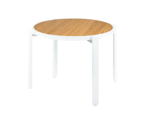 Allux stackable dining table Ø 120 cm (straight slats) by Mamagreen | Dining tables
