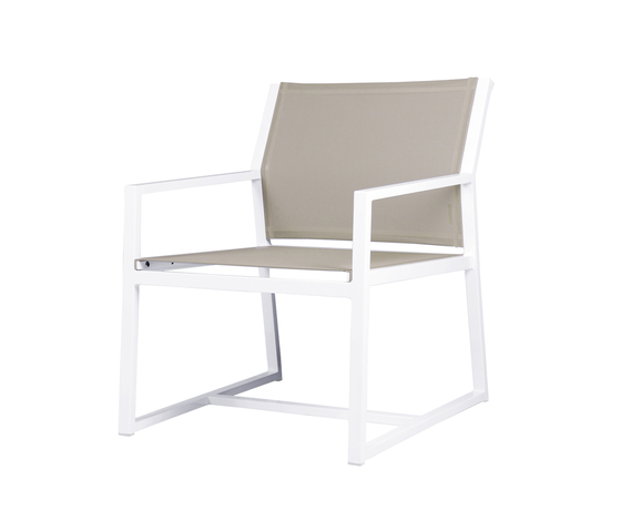 Allux casual chair von Mamagreen | Sessel