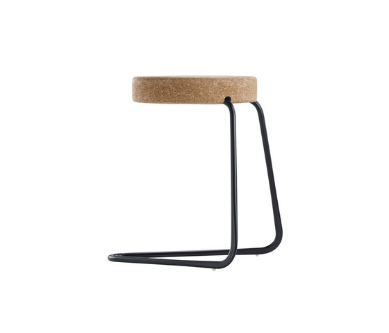 CC2 Cantilever stool di TECTA | Sgabelli