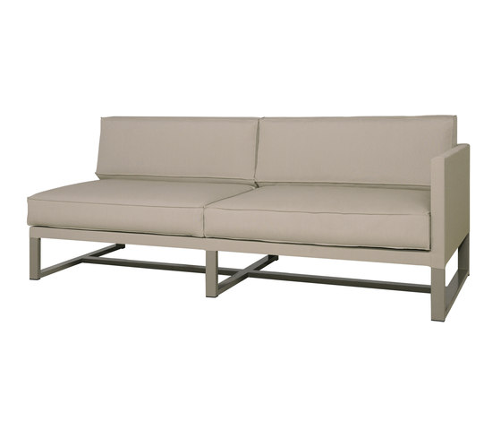 Mono left hand sectional by Mamagreen | Sofas