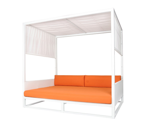Mono day bed by Mamagreen | Day beds / Lounger