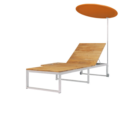 Oko Lounge sun lounger with tray & shade by Mamagreen | Parasols