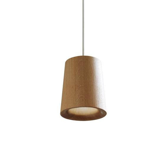 Solid | Pendant Cone in Natural Oak di Terence Woodgate | Lampade sospensione