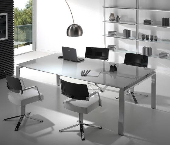 Concepto Free | Cromo | Cristal Blanco de Ofifran | Mesas de reuniones