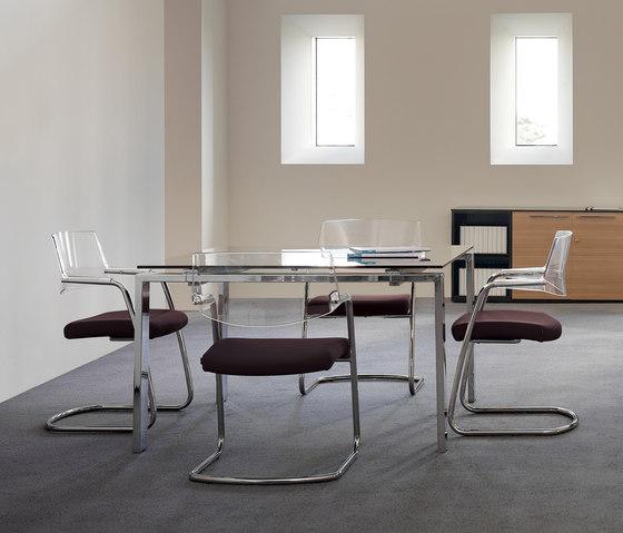 Concepto Free | Teka natural | Piel Marron de Ofifran | Mesas de reuniones