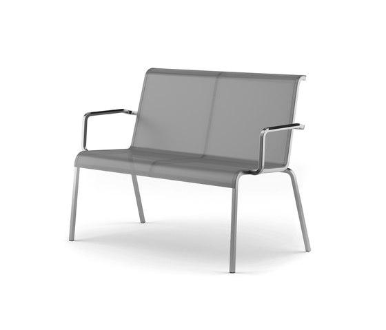 Modena bench stackable di Fischer Möbel | Panche da giardino