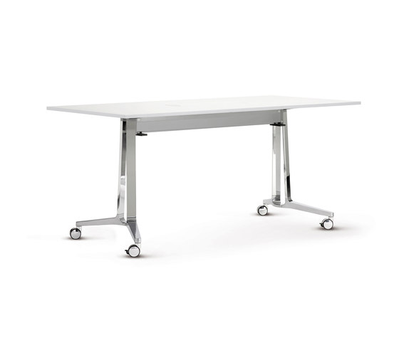 skill mobile table system by Wiesner-Hager | Multipurpose tables