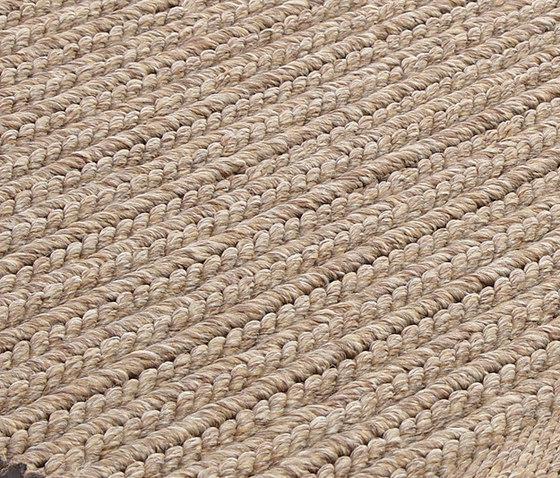 AeroOne Vol. I coconut von Miinu | Formatteppiche / Designerteppiche