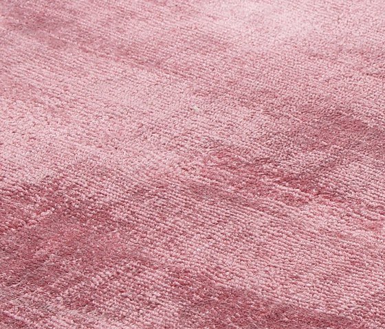 Evolution dusty rose by Miinu | Rugs