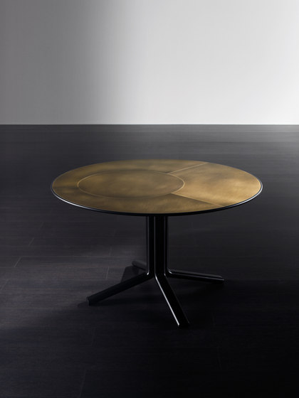 Miller Dining table by Meridiani | Dining tables