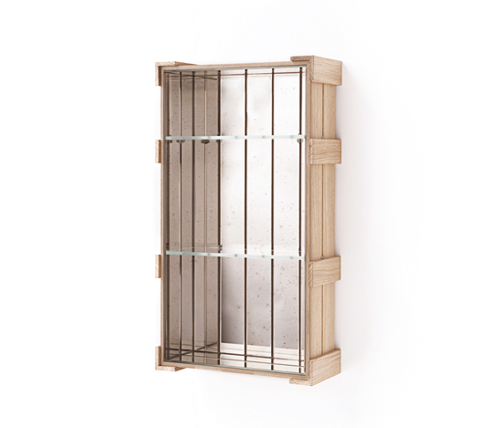 Shelf Crate 23. di Antique Mirror | Scaffali