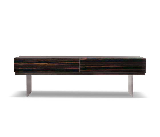 lang by minotti console low sideboard dining. Black Bedroom Furniture Sets. Home Design Ideas