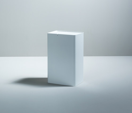 P-drei de böwer | Cubos basura / Papeleras