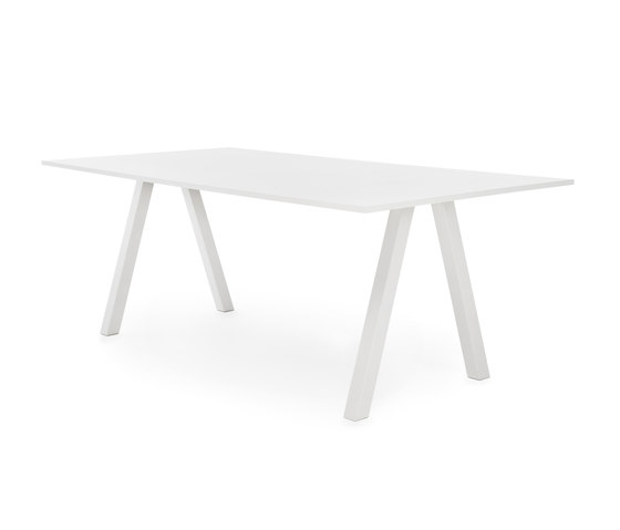 Frankie conference table high A-leg 90cm de Martela | Mesas altas