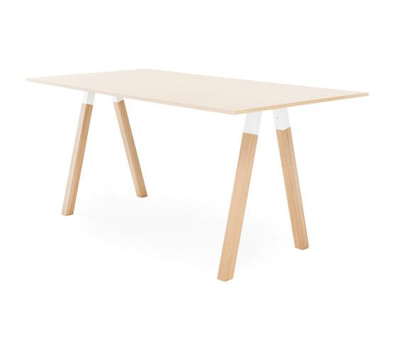 Frankie conference table high wooden A-leg 110cm wood de Martela | Mesas altas