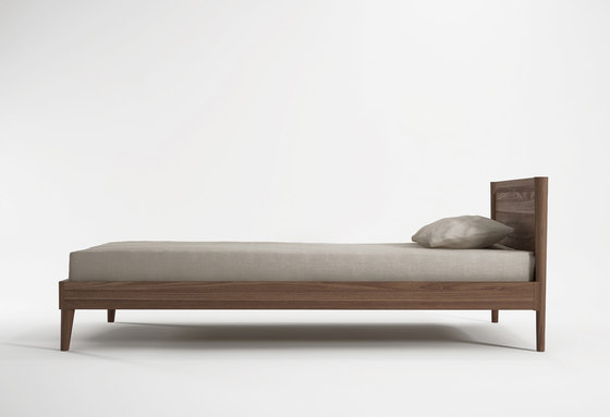 Vintage SINGLE SIZE BED by Karpenter | Beds