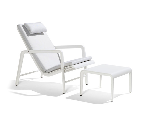 Mirthe Easy Chair Cush & Stool von Tribù | Gartensessel