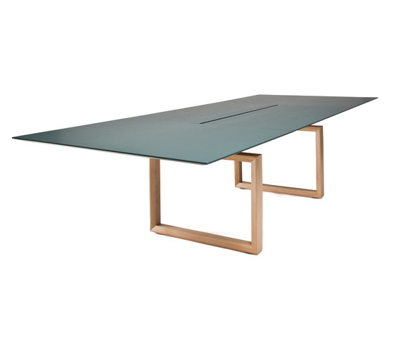 In-Tensive Table di Inno | Tavoli contract