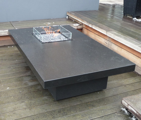 Costume Made Fire Table von Rivelin | Feuertische