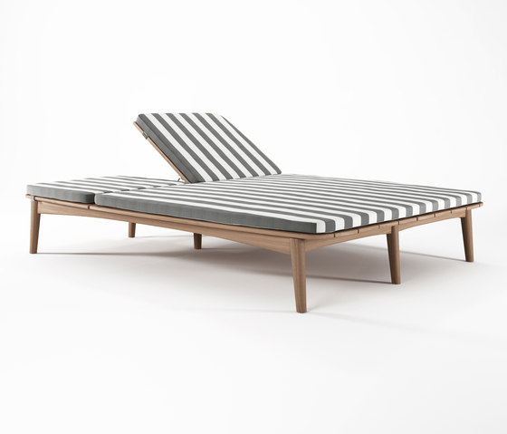 Grasshopper DOUBLE SUNBED WITH CUSHION SUNBRELLA TUSCAN STRIPE di Karpenter | Sun loungers
