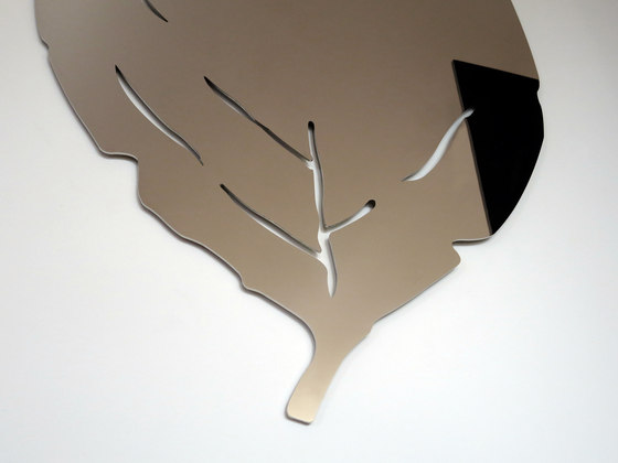 Liv Mirror by DIMODIS | Mirrors