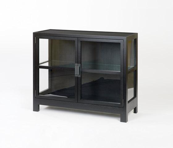 vista von lambert vitrinenschrank glasvitrine produkt. Black Bedroom Furniture Sets. Home Design Ideas