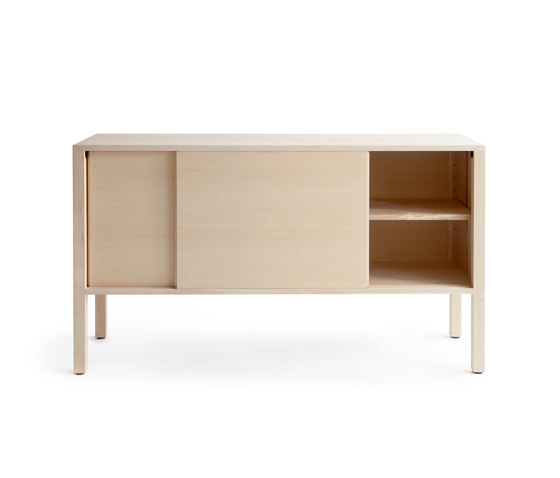 Skandinavia KVK4 Cabinet de Nikari | Aparadores / cómodas