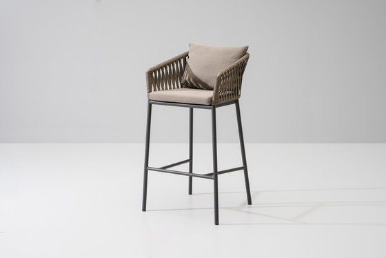 Bitta bar stool de KETTAL | Tabourets de bar de jardin