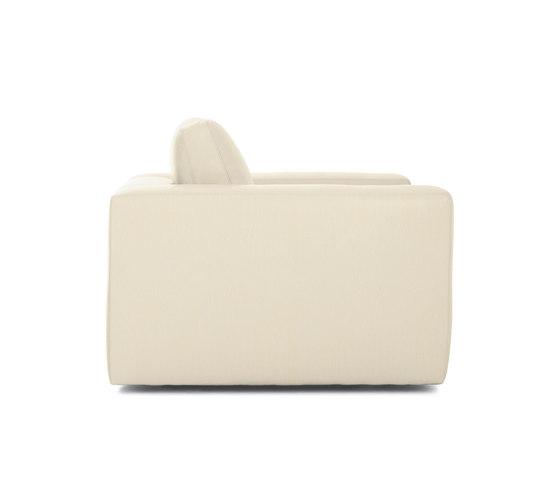 Reid Armchair in Leather von Design Within Reach | Sessel