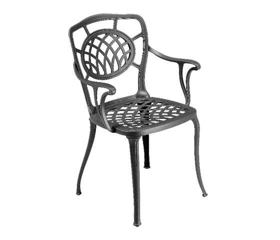 Althea armchair de Fast   Chaises