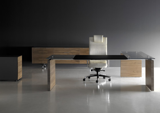 A2 by BK CONTRACT | Desks