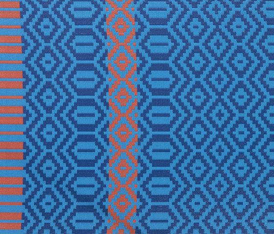 Feldis Plastikteppich von Atelier Pfister | Außenteppiche