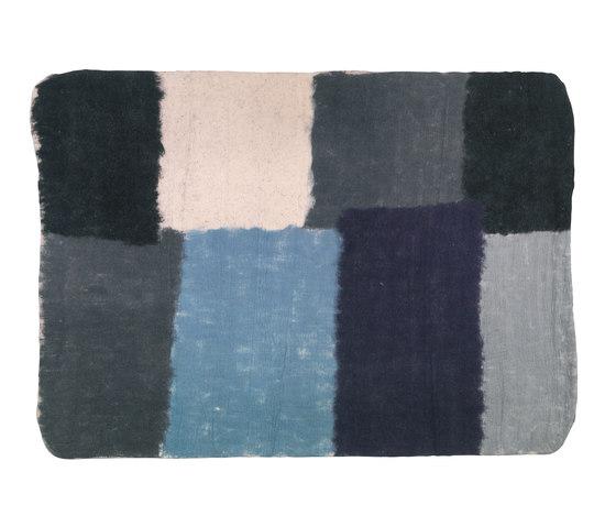 Filzbach Teppich von Atelier Pfister | Formatteppiche
