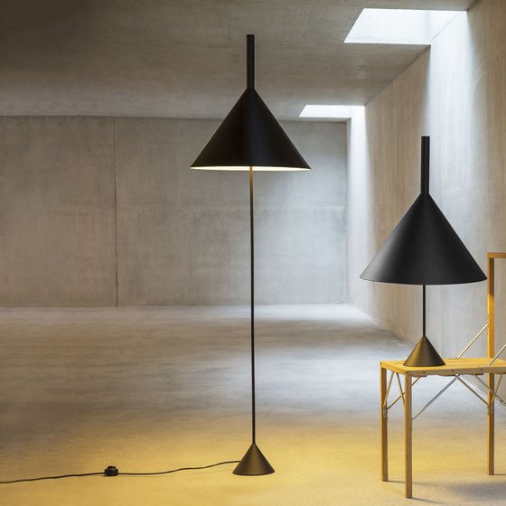 Funnel Floor by Vertigo Bird | Free-standing lights
