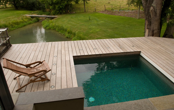 Little pool swimming pools from piscines carr bleu - Petites piscines creusees ...