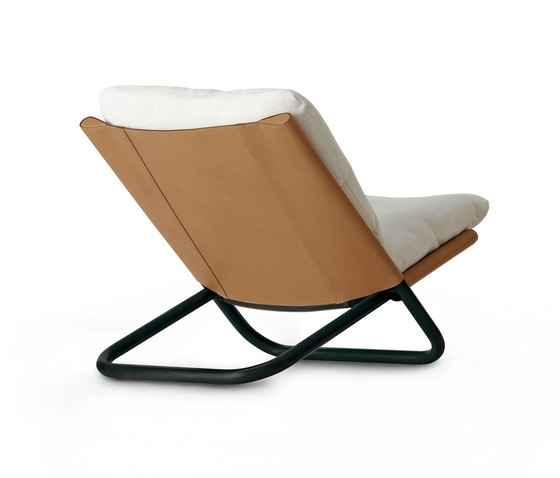 Cross low armchair by ARFLEX | Lounge chairs