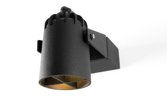 Julien round IP54 LED GE by Modular Lighting Instruments   Outdoor wall lights