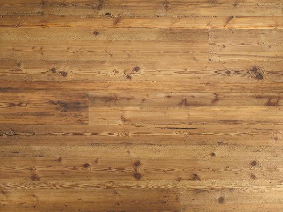 ELEMENTs Galleria Legno vecchio con tarli di Admonter Holzindustrie AG | Pannelli legno