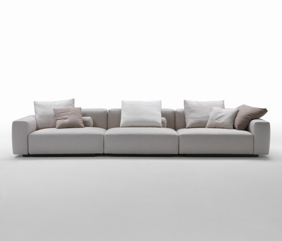 Lario by Flexform   Sofas