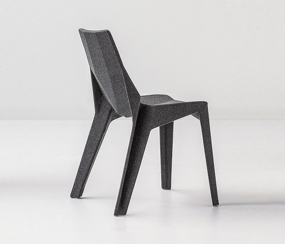 Poly XO by Bonaldo | Chairs