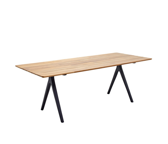 Split Dining Table by Gloster Furniture GmbH | Dining tables